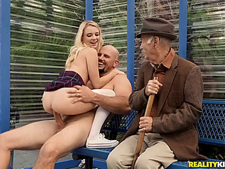 Riley star's very public fornication