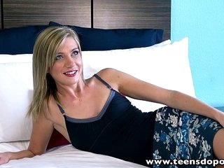 TeenDoPorn Aliment blonde teen Chloe Brooke fucked cum swallow