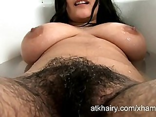 Soft BHABHI BATHING