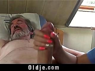 Teen nurse Descendant Dee fuck treatment for sick old patient